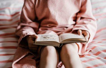 19 căi neobișnuite de a-ți încuraja copilul să citească