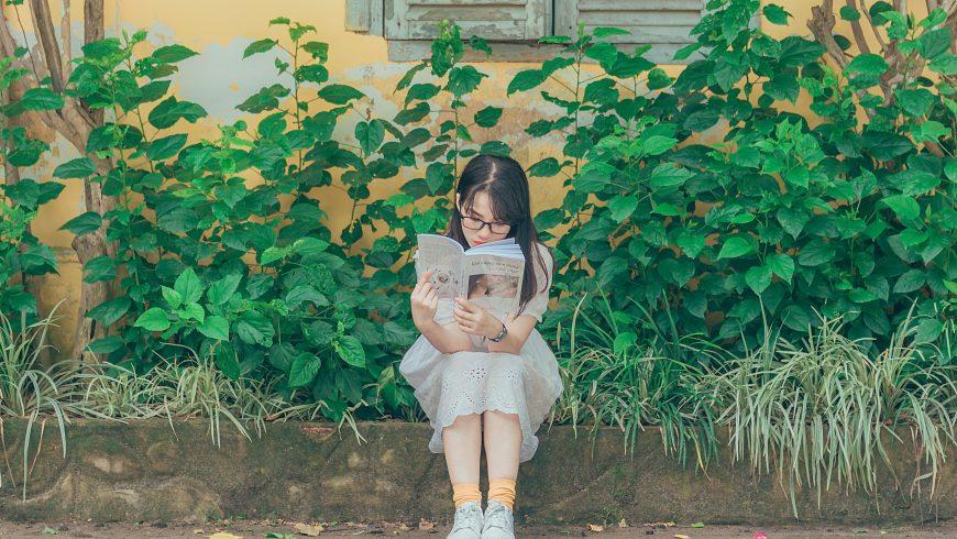 10 idei prin care îi poți insufla plăcerea pentru lectură unui copil