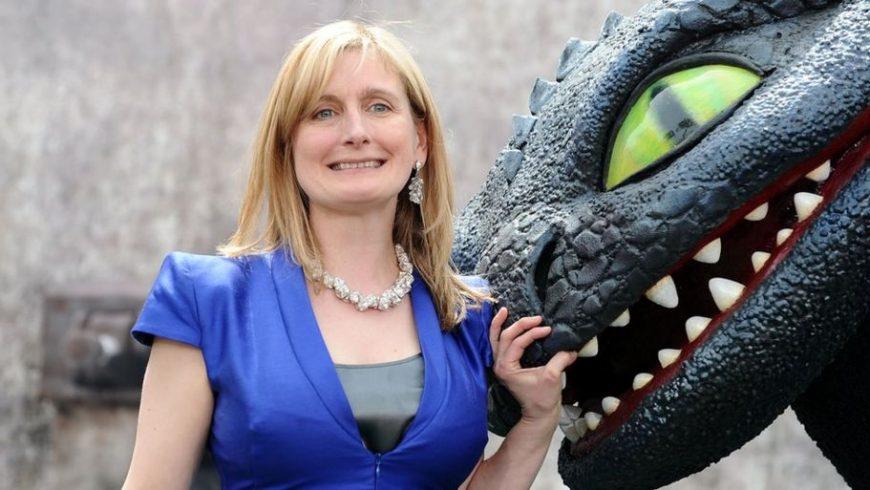 Cressida Cowell, aleasă de Waterstones ca Children's Laureate