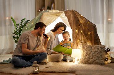 Cum să îți faci copilul să citească mai mult